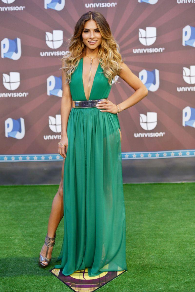 Alejandra Espinoza At Premios Juventud 2014 In Coral