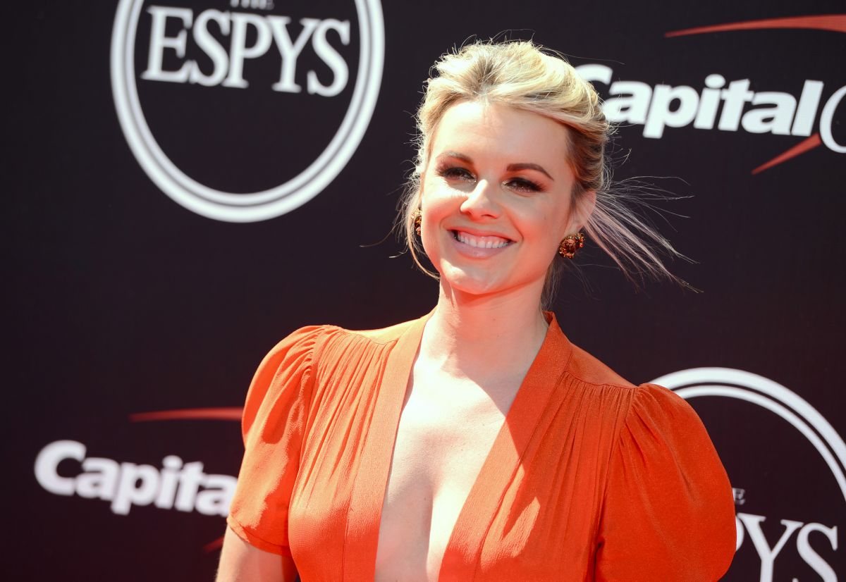 ALI FEDOTOWSKY at 2014 ESPYS Awards in Los Angeles