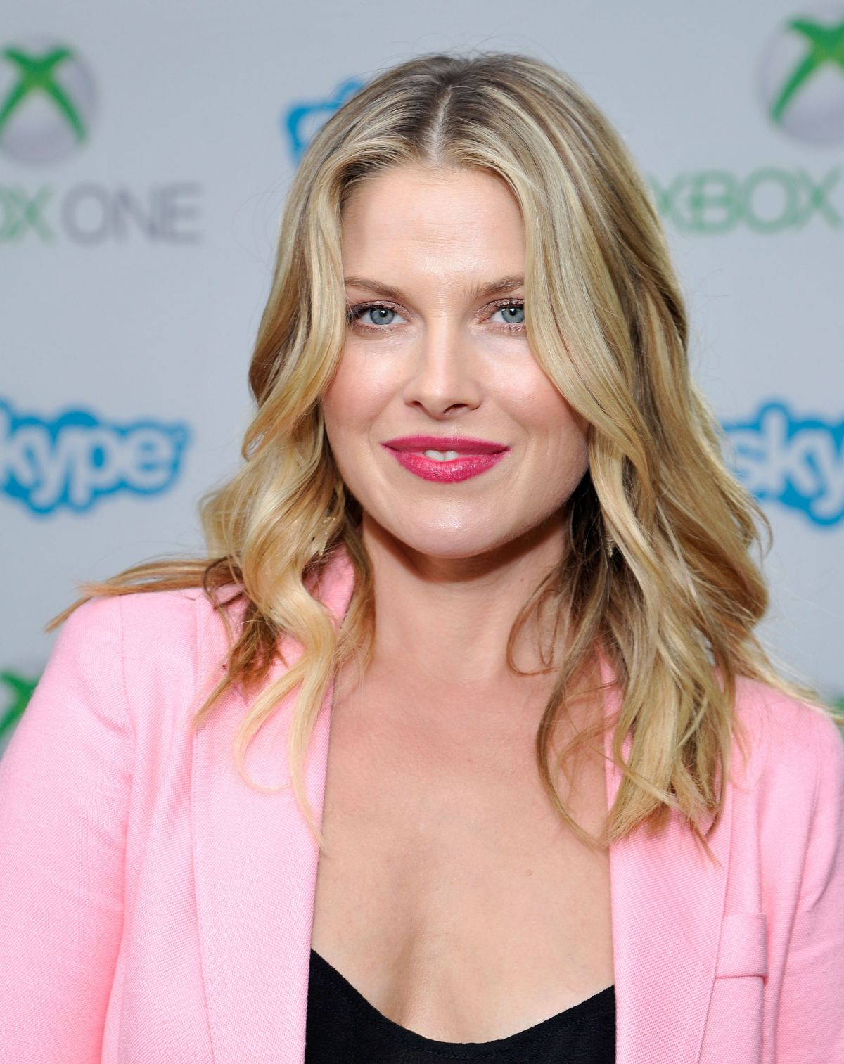 ALI LARTER at Microsoft VIP Lounge at The Hard Rock Cafe in San Diego