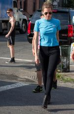 ALLISON WILLIAMS on the Set of Girls in Brooklyn