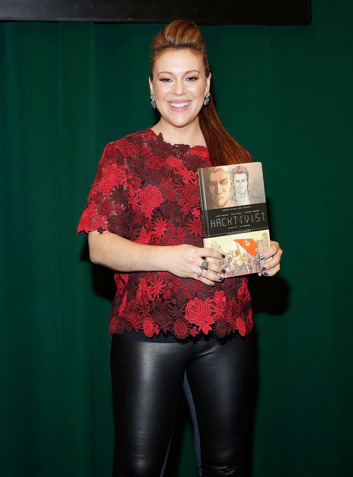 ALYSSA MILANO at Book Signing at Barnes and Noble in New ...