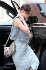 ANNE HATHAWAY Arrives at Crosby Hotel in New York