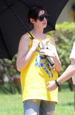 ANNE HATHAWAY on the Set of The Intern in New York