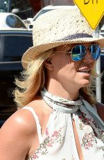 BRITHEY SPEARS Out for Grocery Shopping in Thousand Oaks
