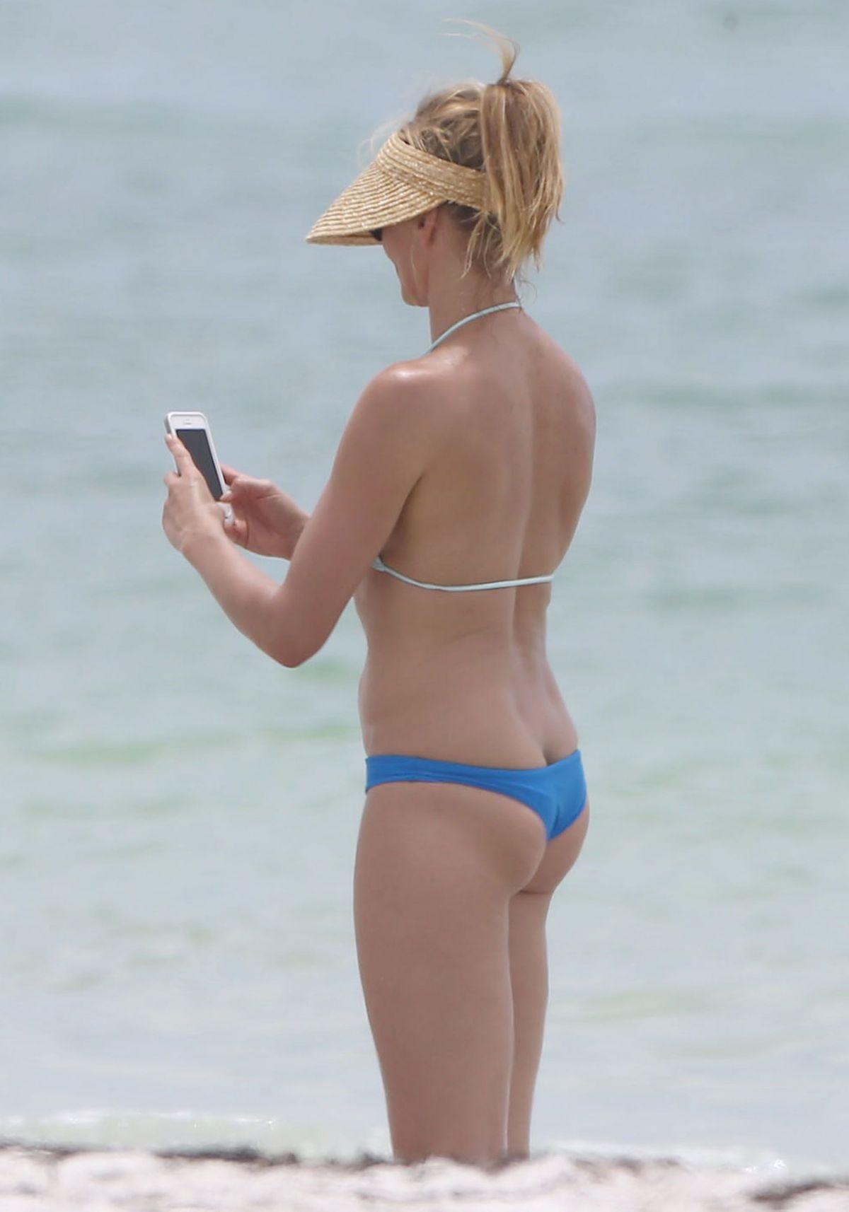 CAMERON DIAZ in Bikini at a Beach in Florida - HawtCelebs