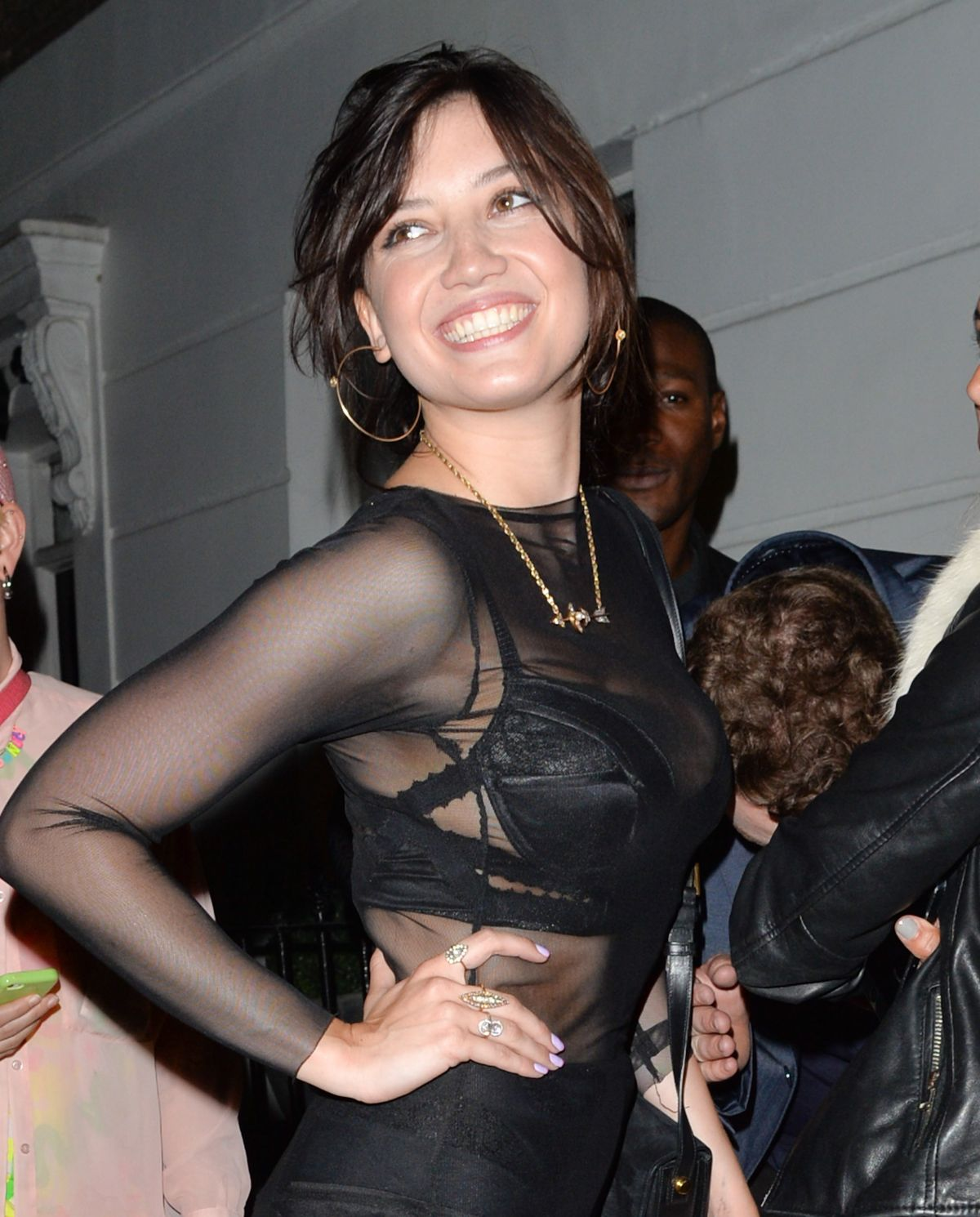 DAISY LOWE Return to Her House in London