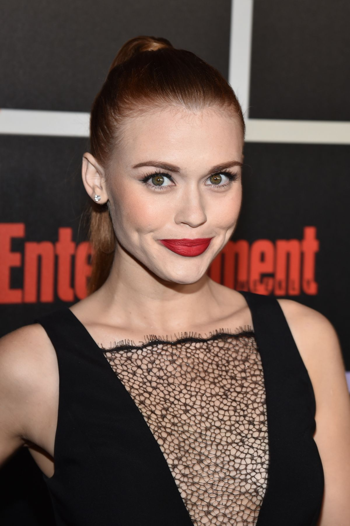 HOLLAND RODEN at Entertainment Weekly's Comic-con Celebration