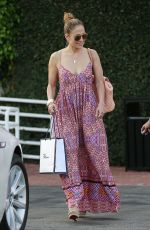 JENNIFER LOPEZ and LEAH REMINI Shopping at Fred Segal in Los Angeles