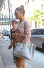 JENNIFER LOPEZ Out and About in Soho