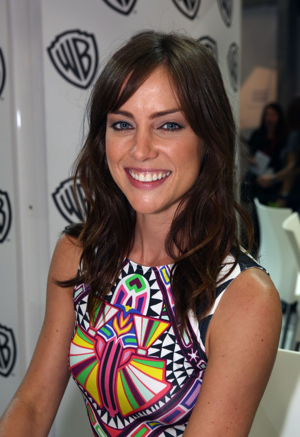 JESSICA STROUP at Warner Bros Signing Booth at Comic-con