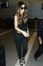 KATE BECKINSALE Arrives at LAX Airport in Los Angeles