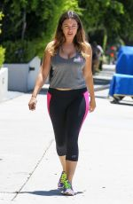 KELLY BROOK in Tights Heading to a Gym in Los Angeles