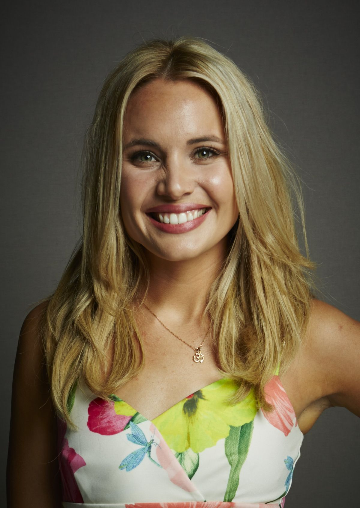 leah pipes -#main