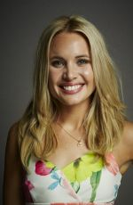 LEAH PIPES at The Originals Portraits at Comic-con 2014 in San Diego