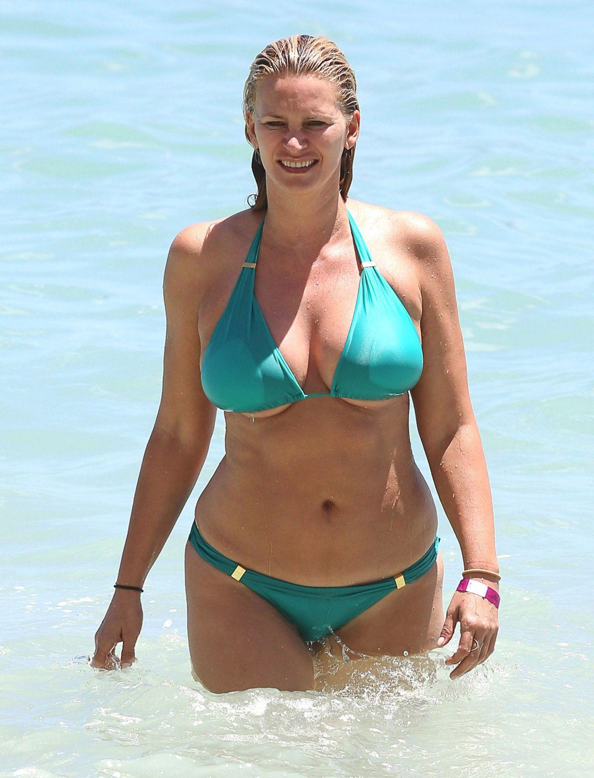 Natasha Bikini 7