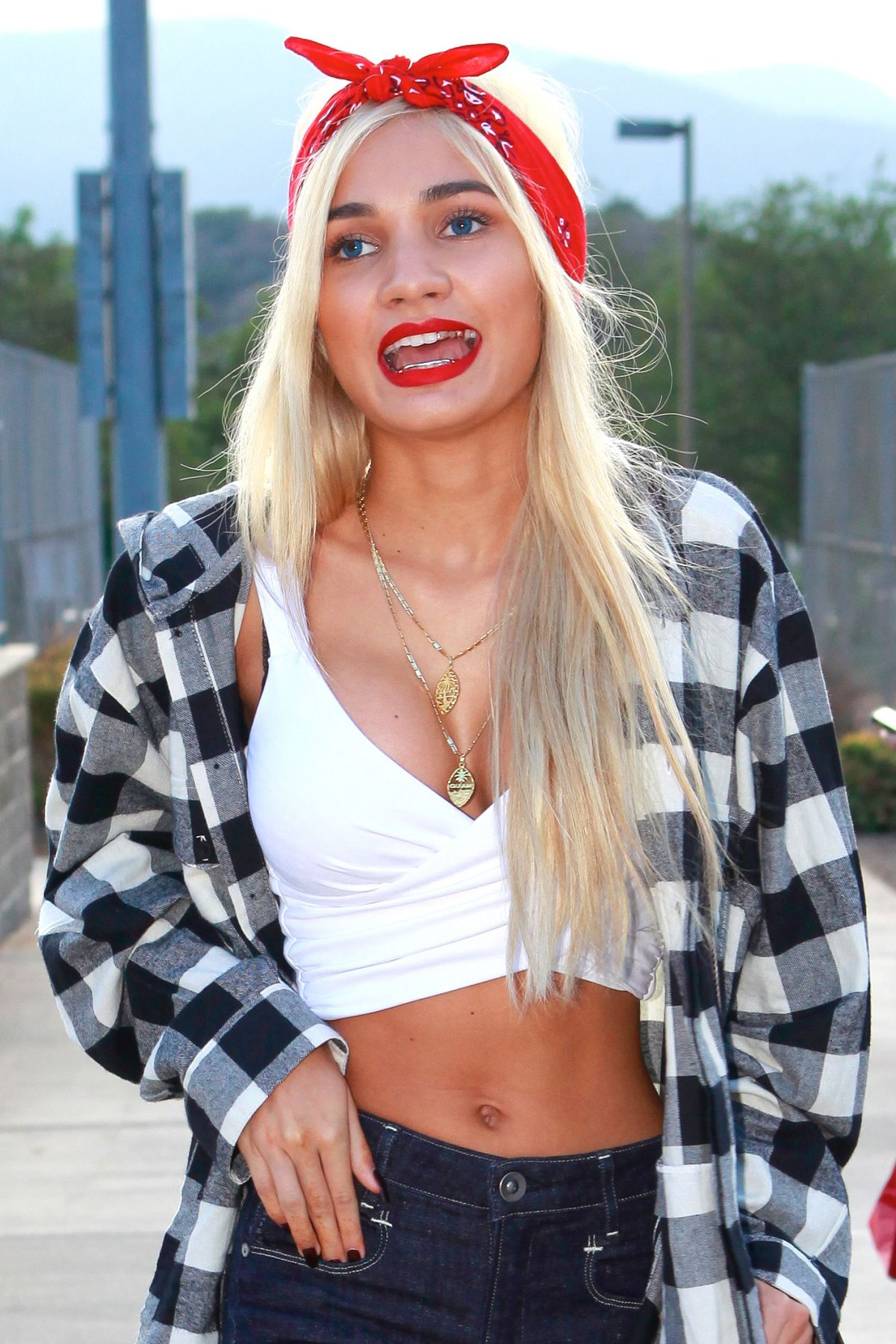 PIA MIA PEREZ at Chris Brown and Quincy Kick'n it for Charity