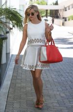 REESE WITHERSPOON Heading to a Office in Beverly Hills