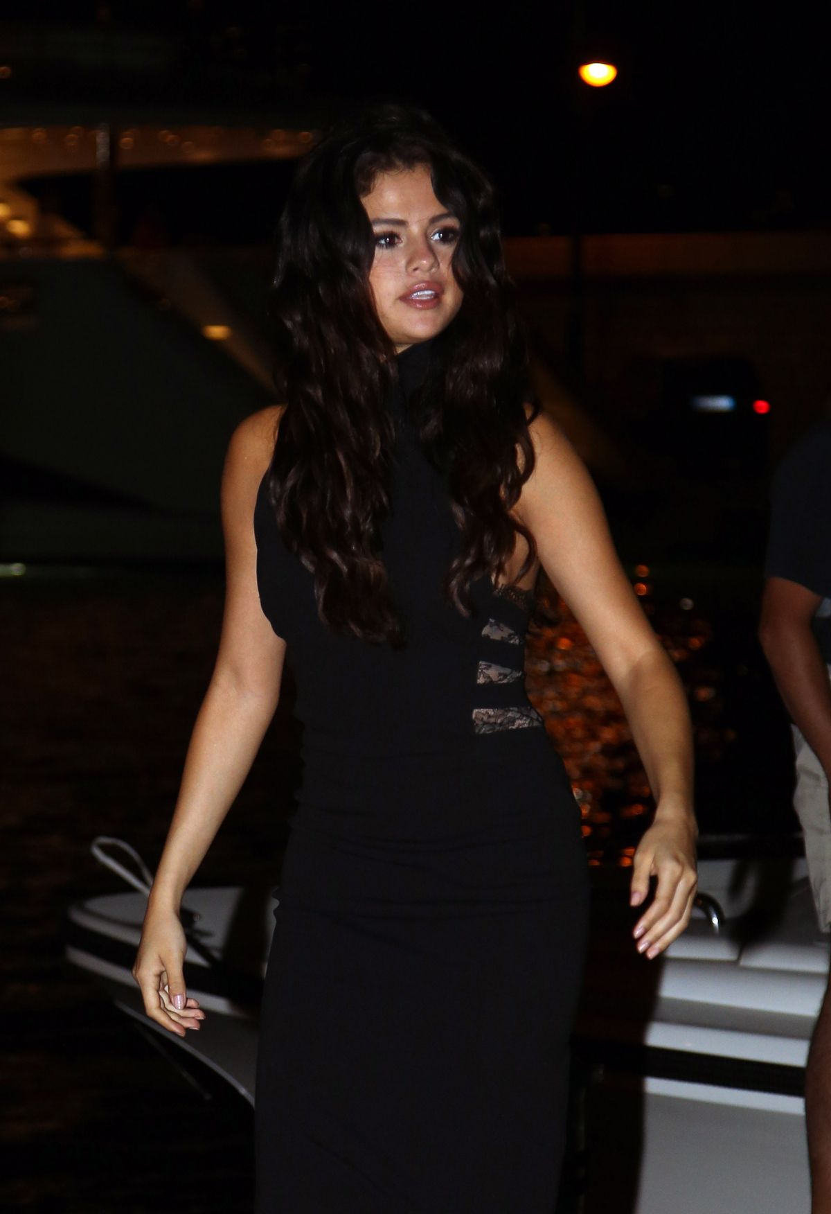 SELENA GOMEZ Heading to a Restaurant in St Tropez to Celebrates Her Birthday