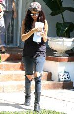 SELENA GOMEZ Leaves Ger Acting Coach in Los Angeles