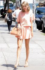 TAYLOR SWIFT in Short Skirt Out and About in New York