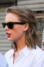 TAYLOR SWIFT Leaves a Gym in Los Angeles 3006