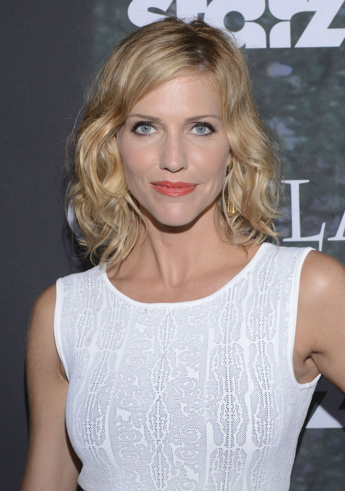 TRICIA HELFER at Outlander Panel at Comic-con 2014 in San Diego