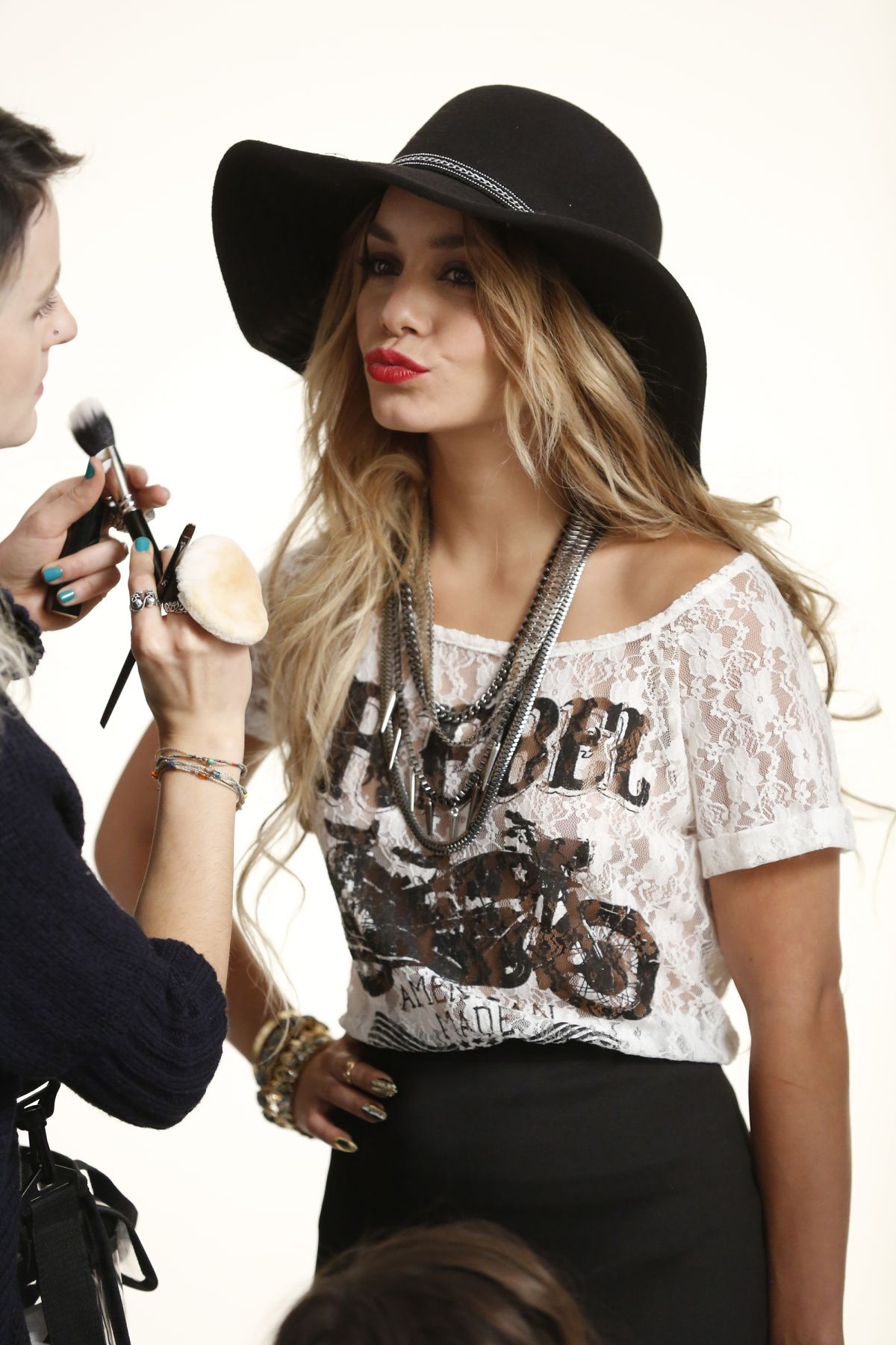 Vanessa hudgens bongo photoshoot - 1 part 5