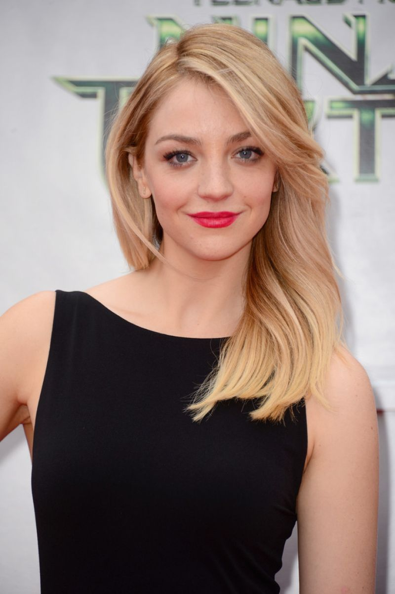 abby elliott husband