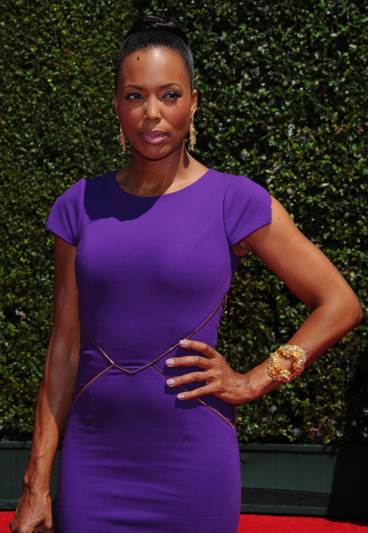 AISHA TYLER at 2014 Creative Arts Emmy Awards in Los Angeles