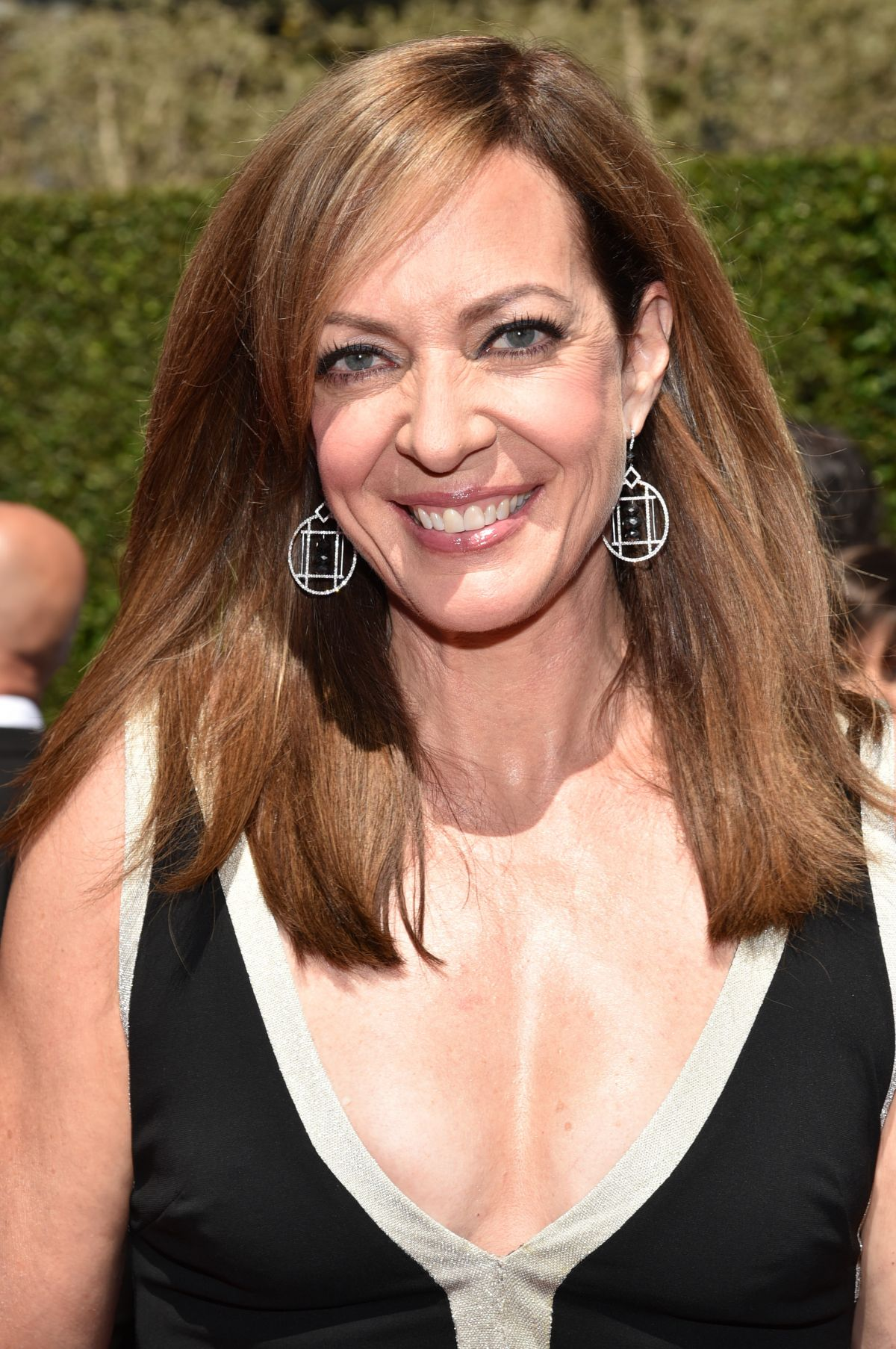 ALLISON JANNEY at 2014 Creative Arts Emmy Awards in Los Angeles