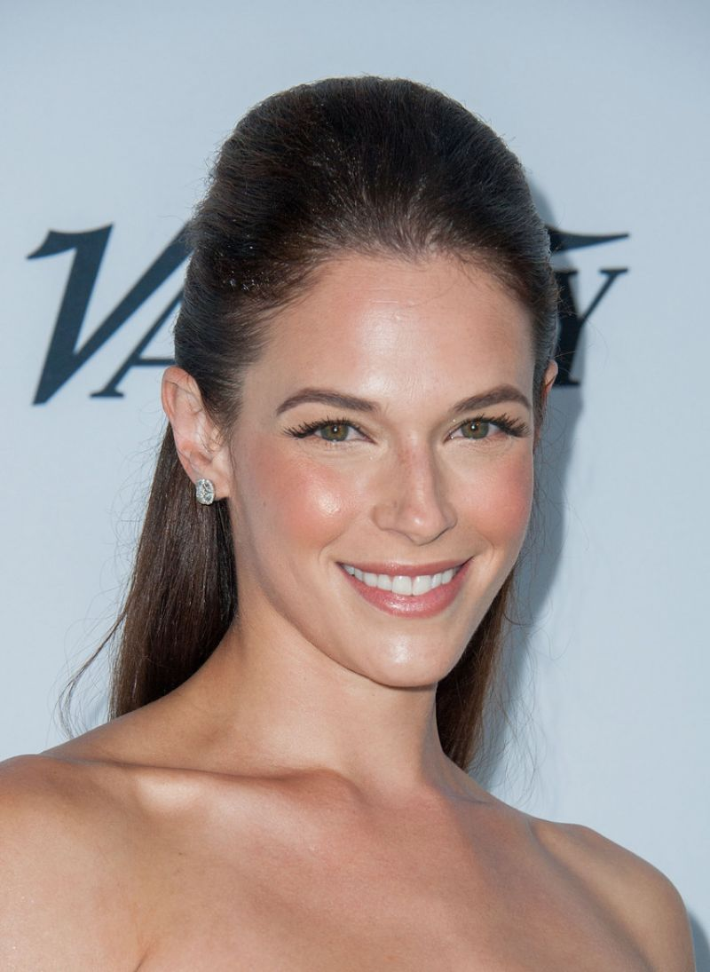 AMANDA RIGHETTI at Beyond Hunger Gala