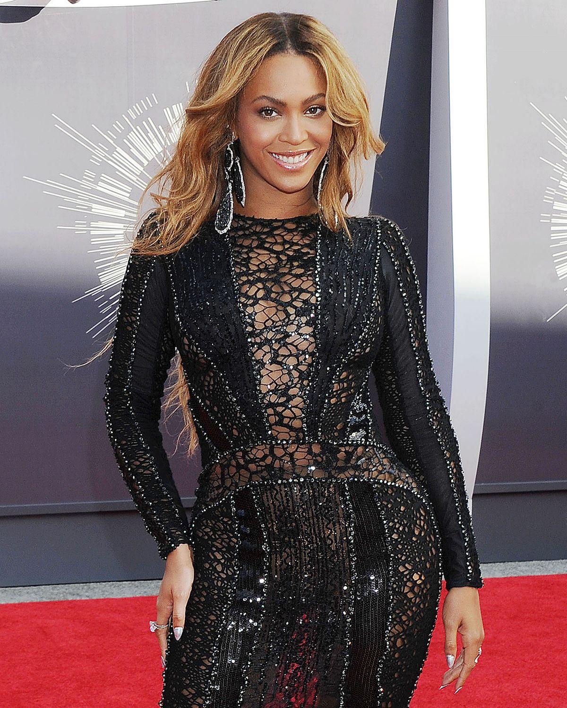 Beyonce shirt 2014