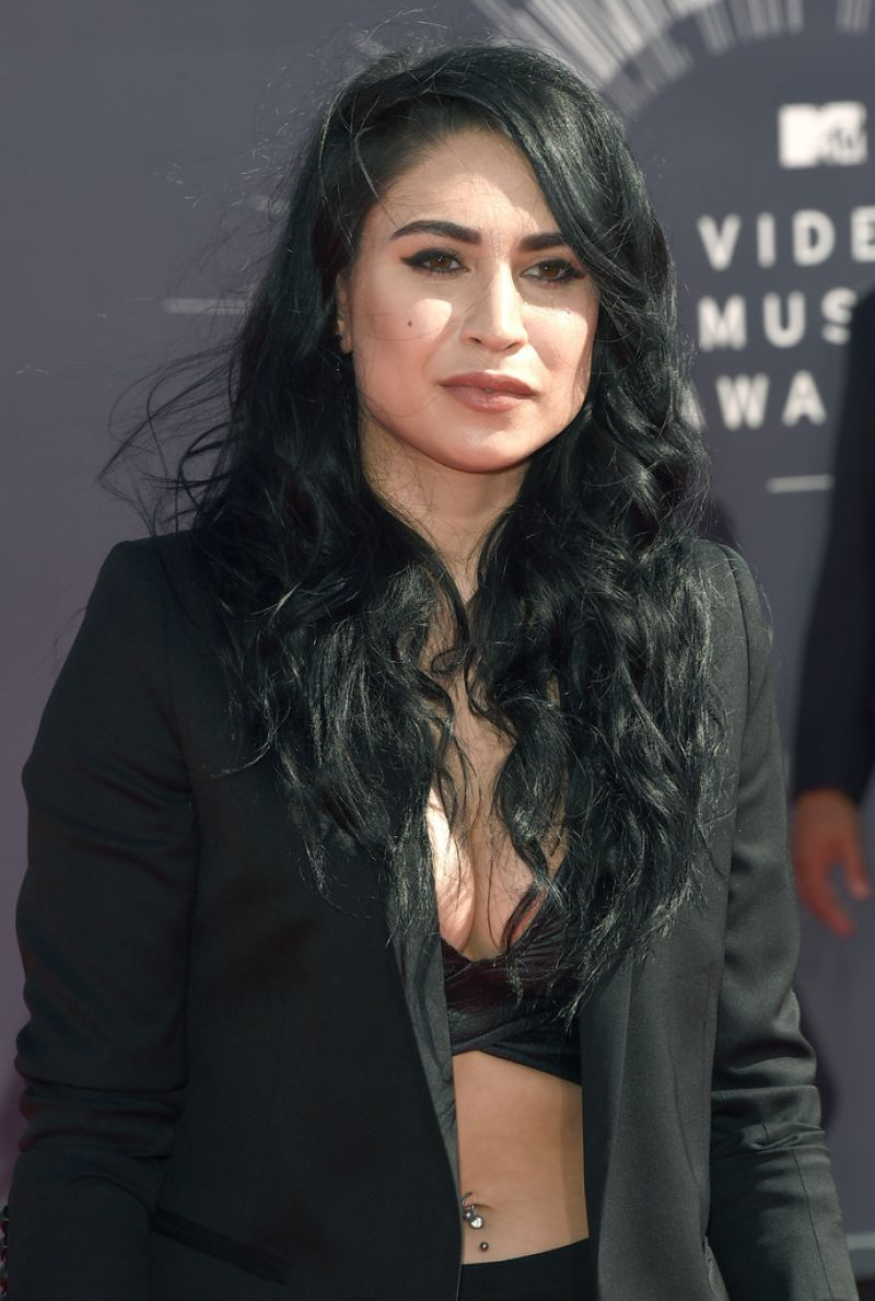 CASSIE STEELE at 2014 MTV Video Music Awards
