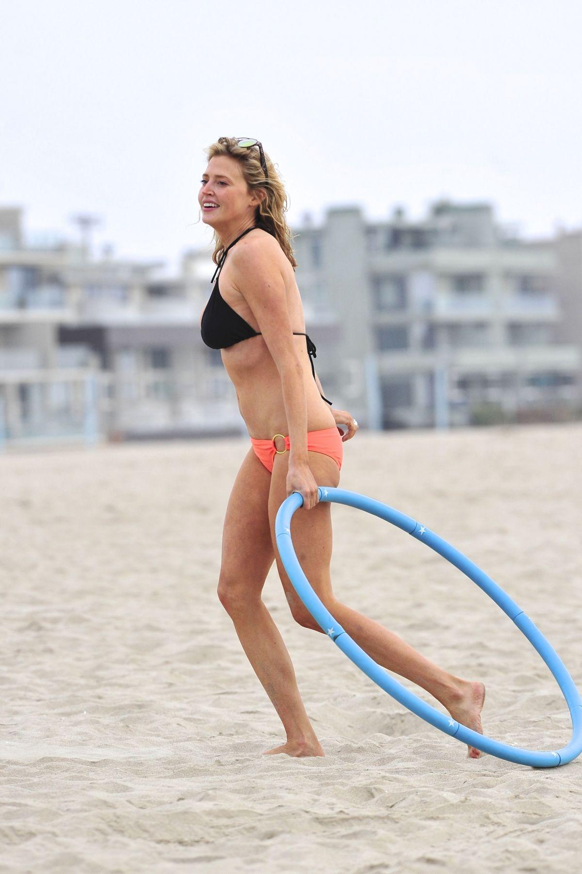 ESTELLA WARREN in Bikini at Venice Beach - HawtCelebs