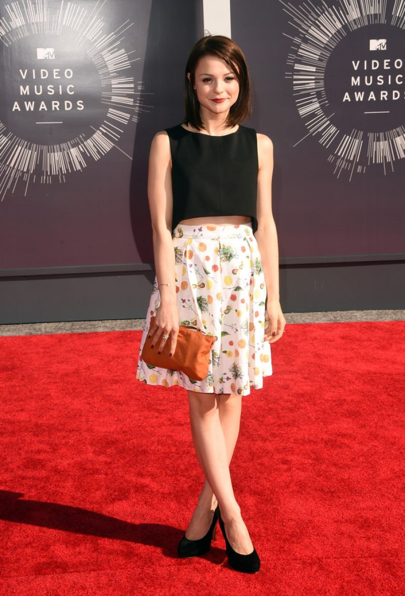 KATHRYN PRESCOTT at 2014 MTV Video Music Awards