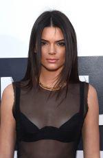 KENDALL JENNER at 2014 MTV Video Music Awards