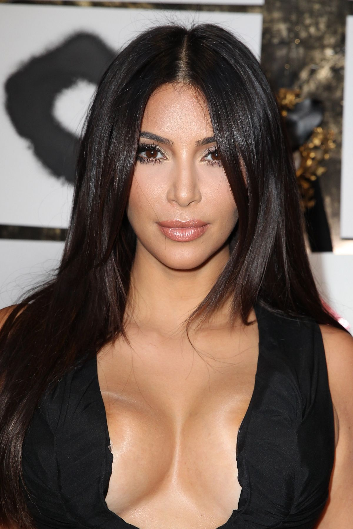 KIM KARDASHIAN at Violet Grey and Cassandra Huysentruyt Hrey Hosted ...