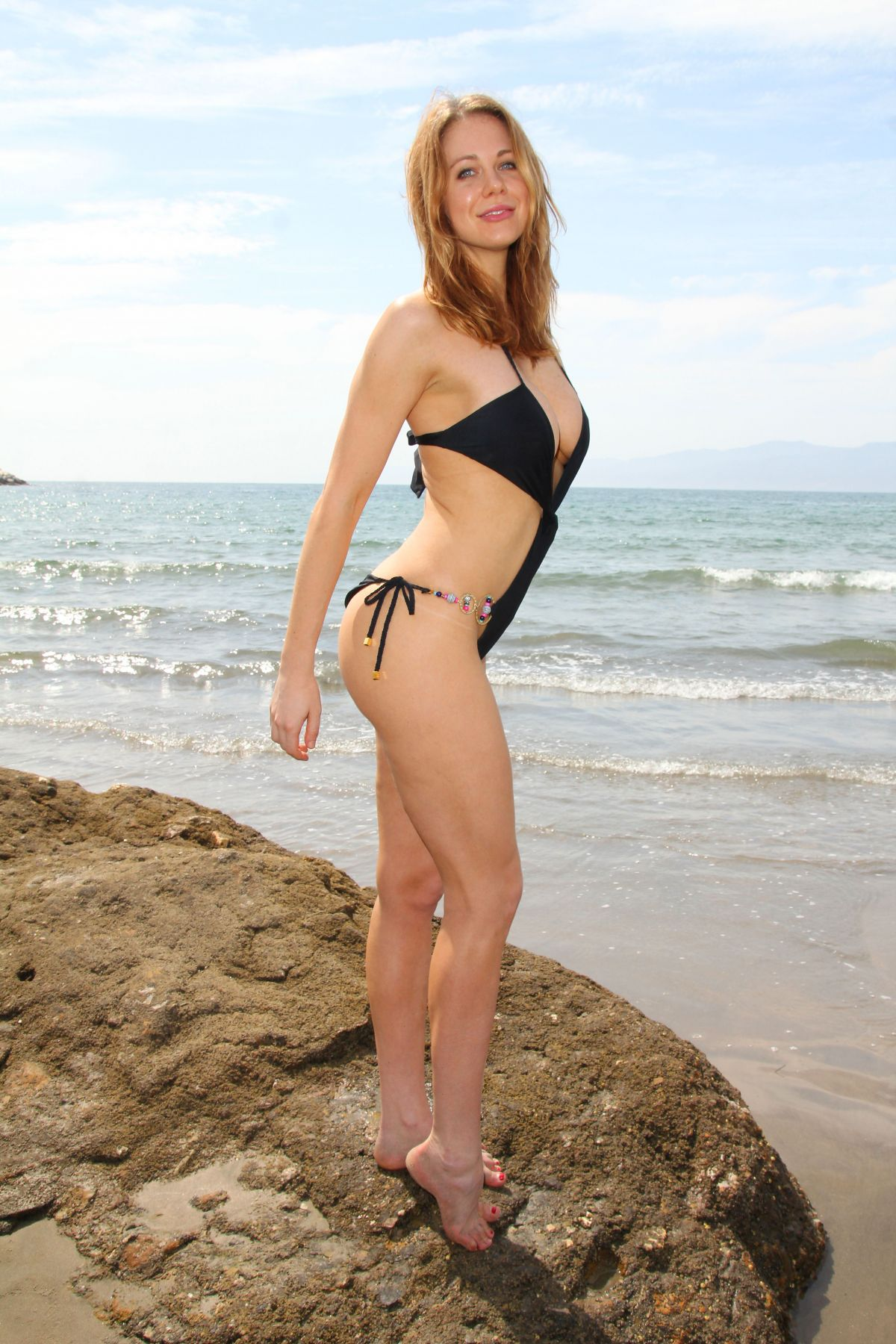 Maitland Ward In Bikini At A Photoshoot On Malibu Beach