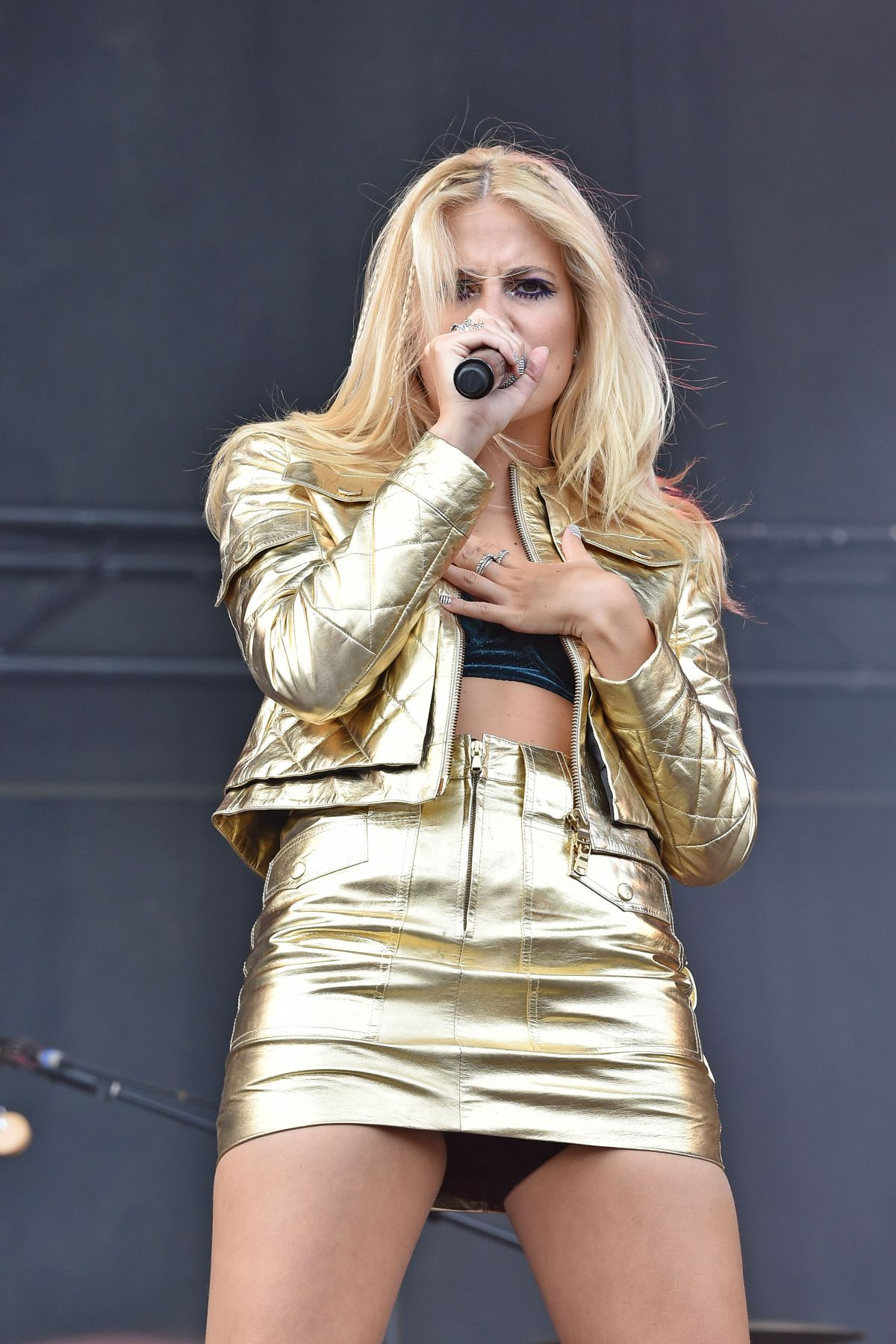 Naughty pixie lott sexual tube