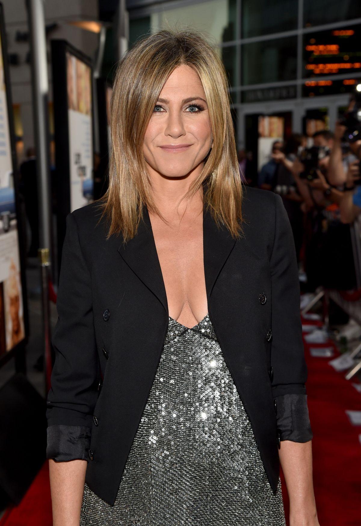 Pregnant JENNIFER ANISTON at Life of Crime Premiere in ... Jennifer Aniston Pregnant