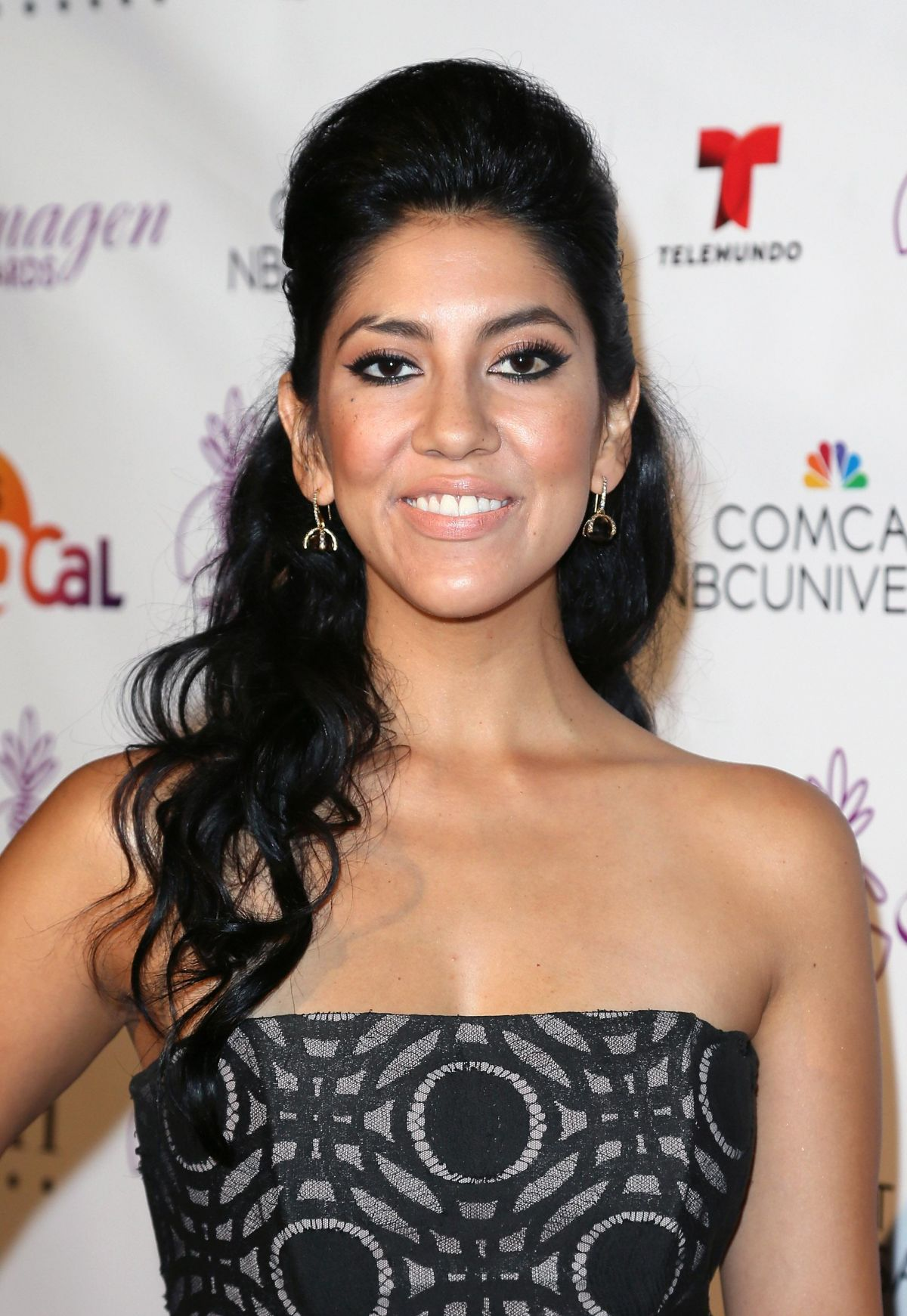 stephanie beatriz facebook