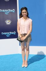 ASHLEY ARGOTA af Dolphin Tale 2 Premiere in Los Angeles