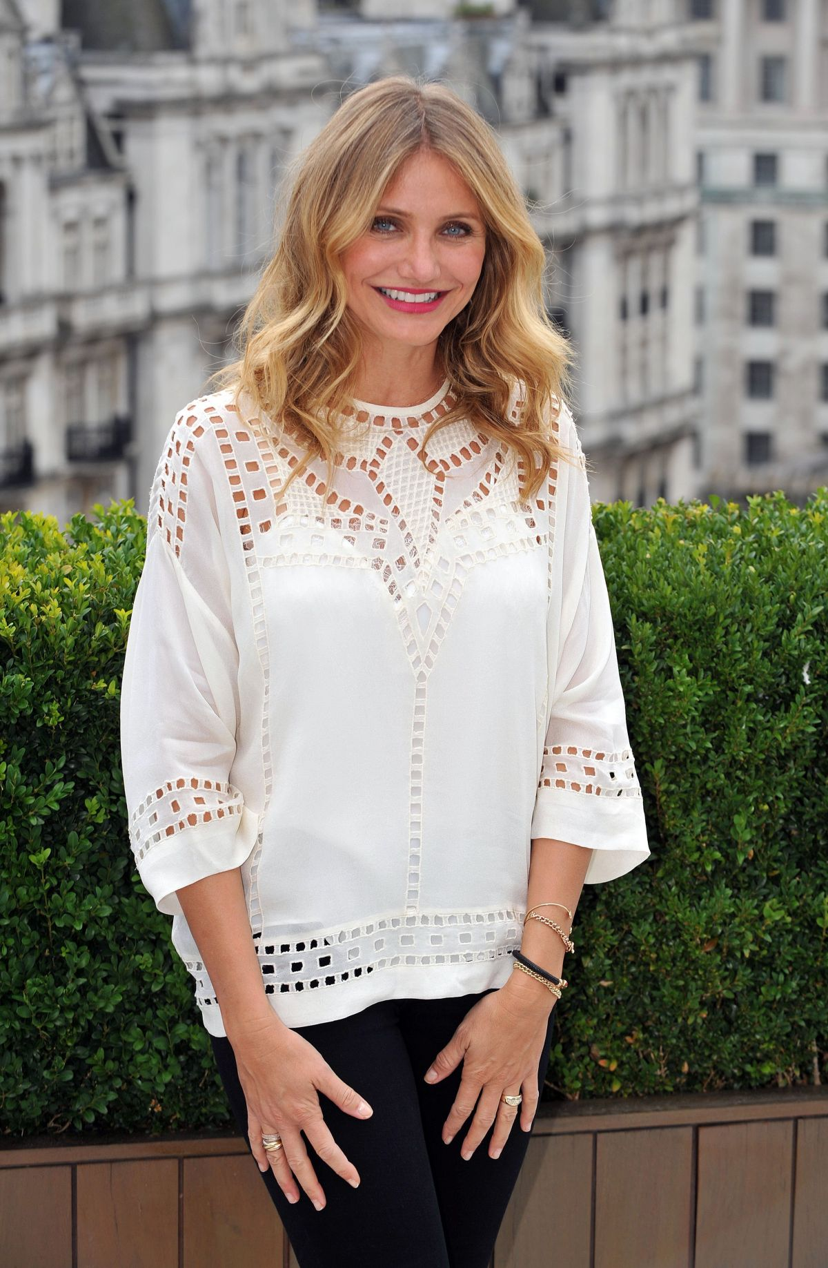 CAMERON DIAZ at S.x Tape Photocall in London