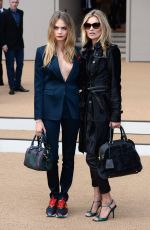 CARA DELEVINGNE at Burberry Prorsum Fashion Show in London