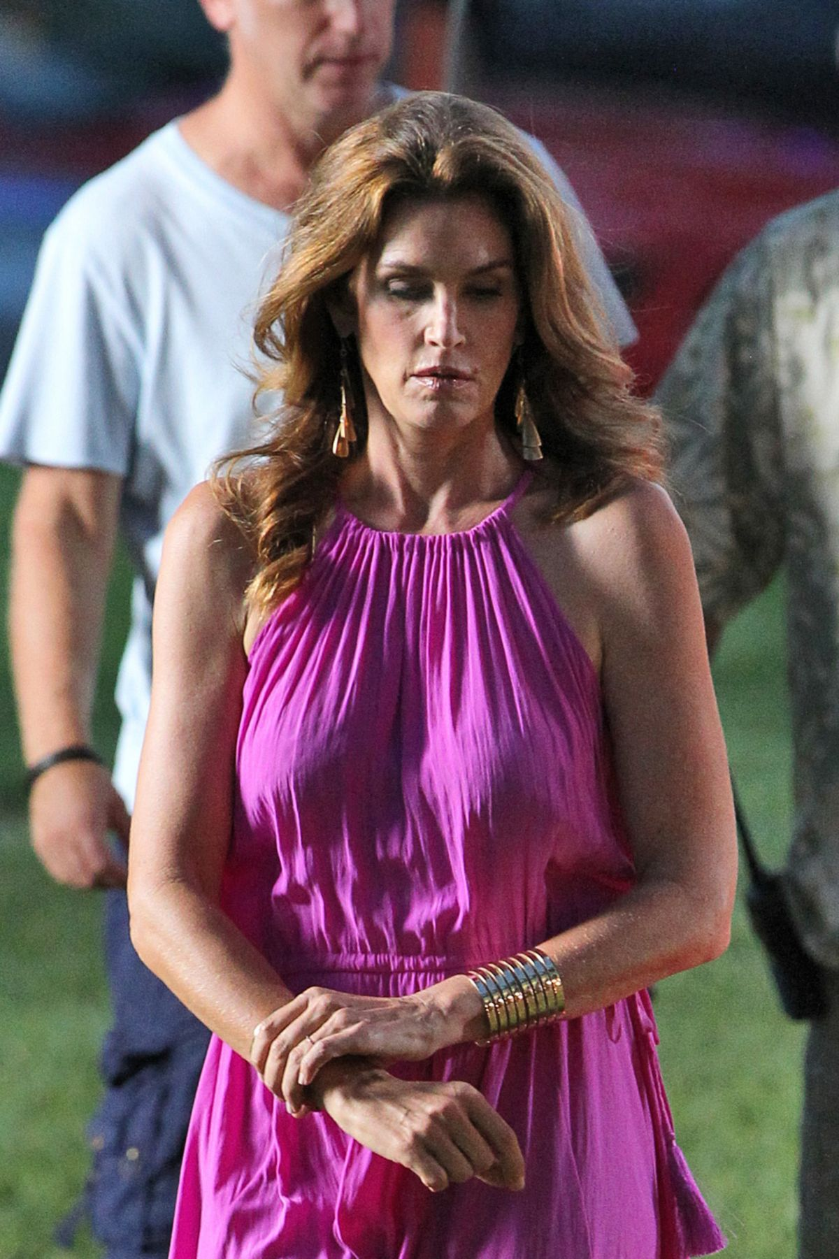 Cindy Crawford appeared in a commercial for the German tabloid newspaper Spar 05/26/2009 41