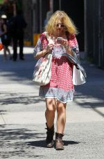 DAKOTA FANNING Out and About in New York 0309
