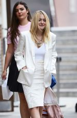 DAKOTA FANNING Out and About in New York 0909