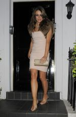 ELIZABETH HURLEY Heading to Woodside End of Summer Party