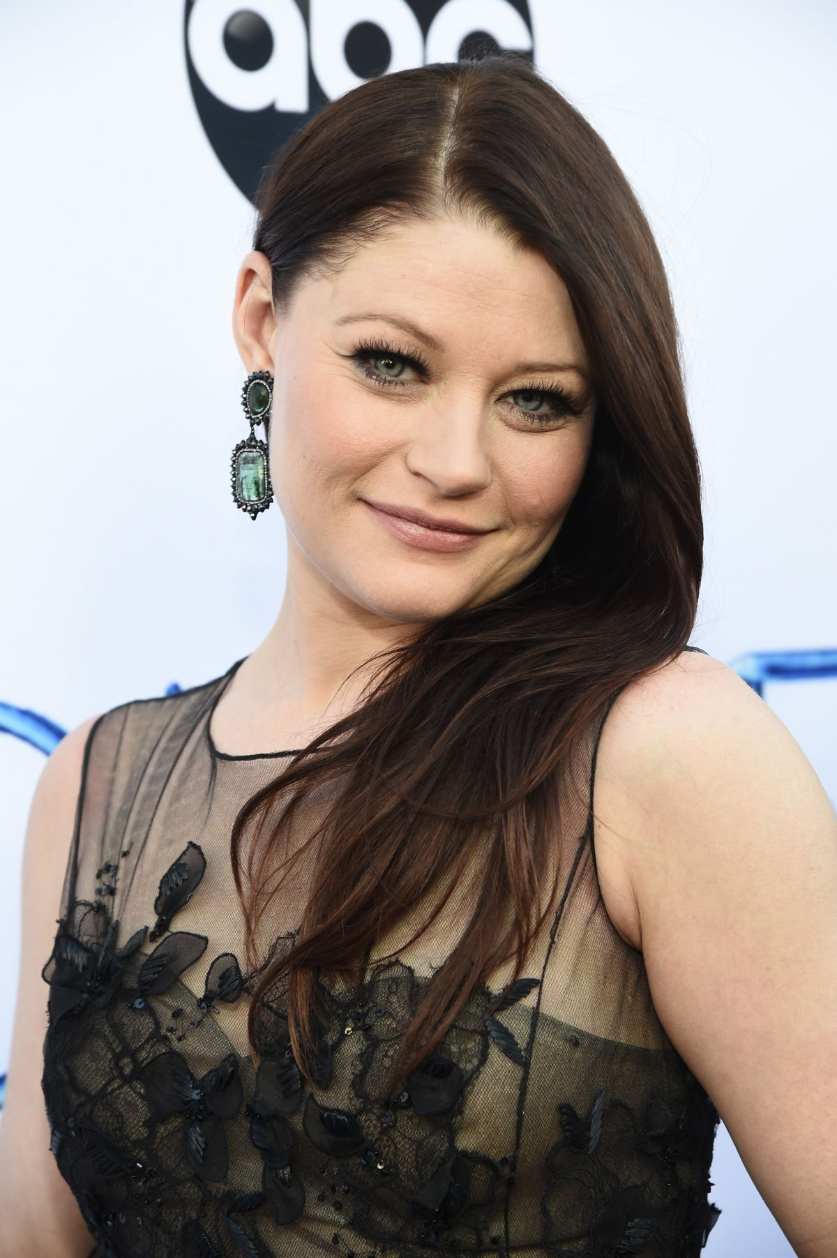 Emilie De Ravin At Once Upon A Time Season 4 Screening In