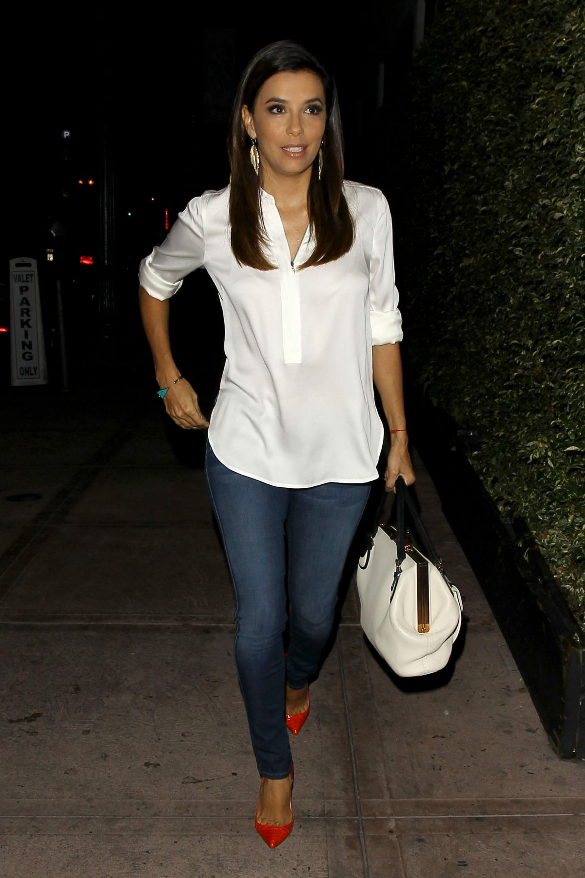 Eva Longoria Leaves Beso Restaurant In Los Angeles